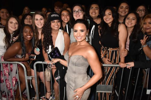 Demi Lovato Shares an Eye-Opening Photo Taken During Her Struggle With Bulimia