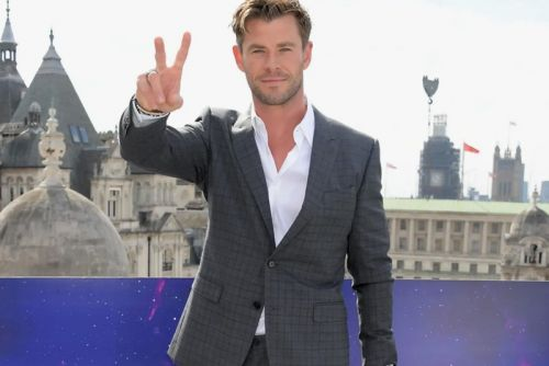 Chris Hemsworth Joins 'Jay and Silent Bob' Reboot