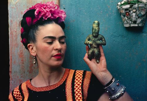 Frida Kahlo's favourite brow pencil has been revealed - and it's by Revlon