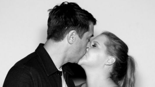 Surprise! Amy Schumer Marries Chef Chris Fischer After Just Three Months of Dating