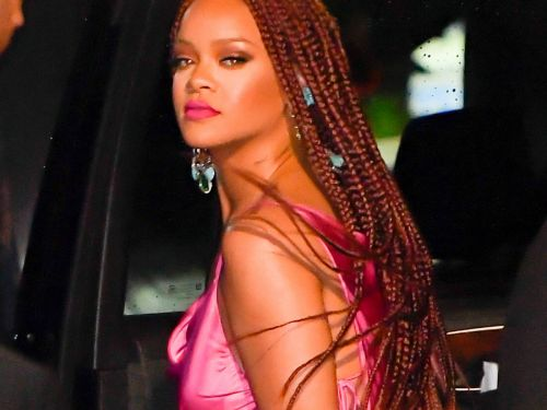 Your Box Braid Debate Is Over - Rihanna's Red Color Is It