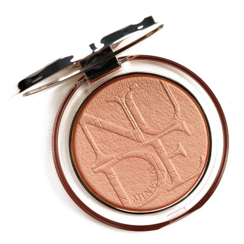 Dior Bronze Glow (004) Diorskin Nude Luminizer Review & Swatches