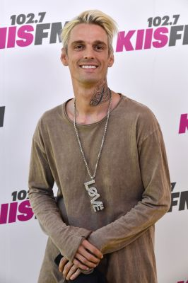 Aaron Carter Breaks Down in Tears During Performance at Gay Club After Coming Out as Bisexual