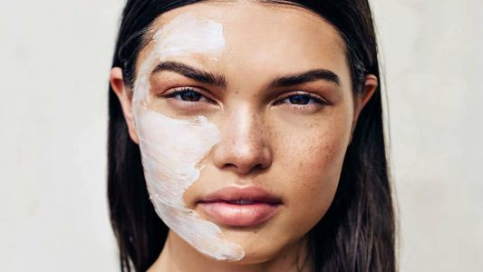 14 Travel-Enhancing Skin-Care Products to Use In-Flight