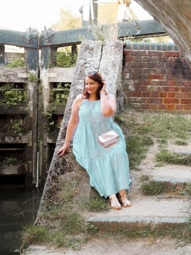 Why Wanting To Wear What's Modest & Flattering Is Ok: Bringing Back The Tent Dress