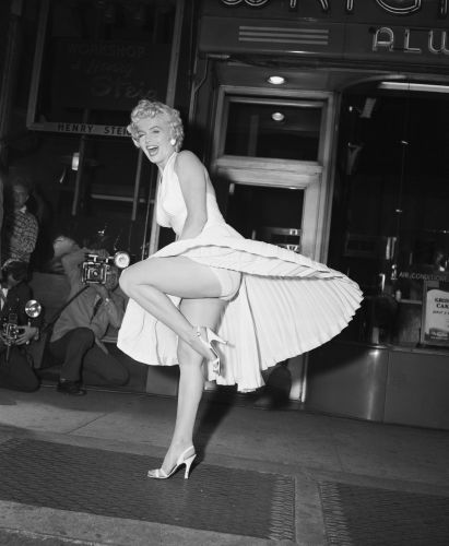12 Old Hollywood Costumes That Simply Scream Glamour