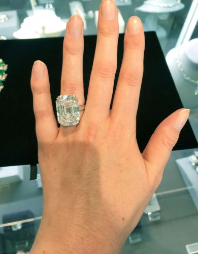 What a 28-Carat, $2 Million Ring Actually Looks Like on a Hand