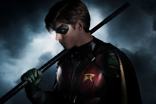 A First Look at Robin From DC's 'Titans' Series