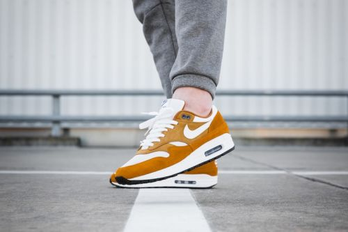 "An On-Foot Look at the Nike Air Max 1 ""Curry"" Pack"