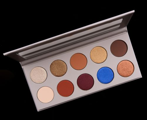 KKW Beauty x Mario Eyeshadow Palette Review, Photos, Swatches
