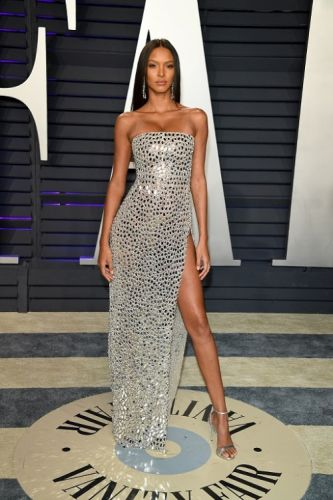 Victoria's Secret Lais Ribeiro looking magnificent in a