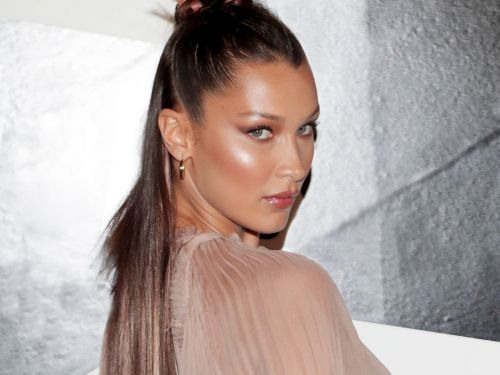 I Found The Palette Bella Hadid Uses To Get Her Red-Carpet Glow - & I'm Obsessed
