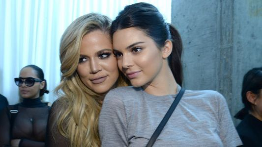LOL Kendall Jenner Had The Sassiest Comment When Big Sis Khloé Kardashian Says They Look Like 'Twins'