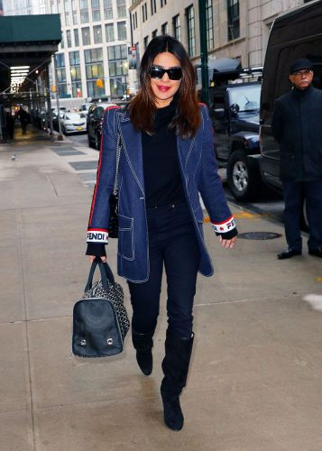 The Fashion Way Celebs Style the Basics We All Own