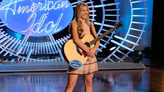 'American Idol' Star Harper Grace Is a Natural Beauty and We Love Her Look