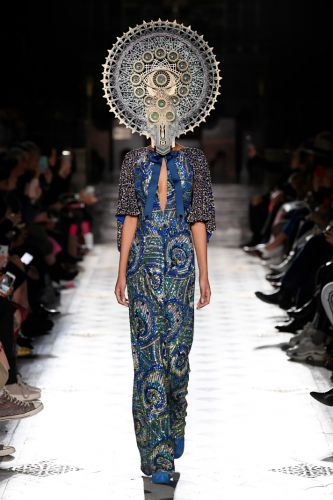 Aliens Have Officially Landed on Earth, and They Just Walked Two Paris Fashion Week Runways
