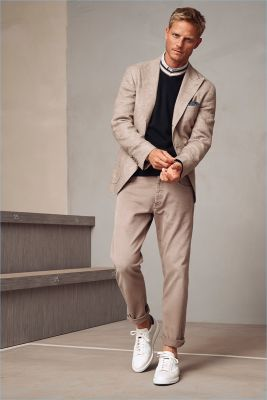 Brunello Cucinelli Looks to Desert for Neutral Hued Spring '18 Collection