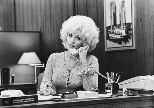 Dolly Parton, Queen of Disarming One-Liners