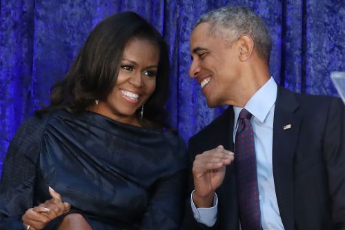 Obamas ink production deal with Netflix