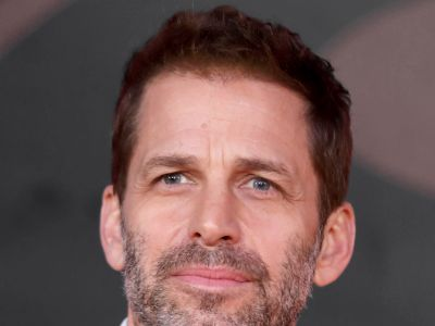 Justice League Director Drops Out Of Filming After Daughter's Suicide