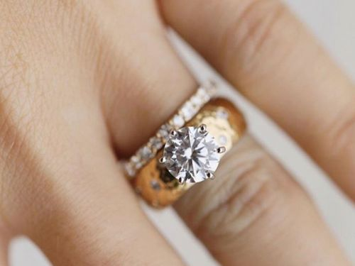The Price Is Right: 20 Stunning Engagement Rings for Every Budget