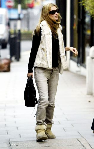 Yep, You'll Want to Wear Ugg Boots Like 2000s Kate Moss
