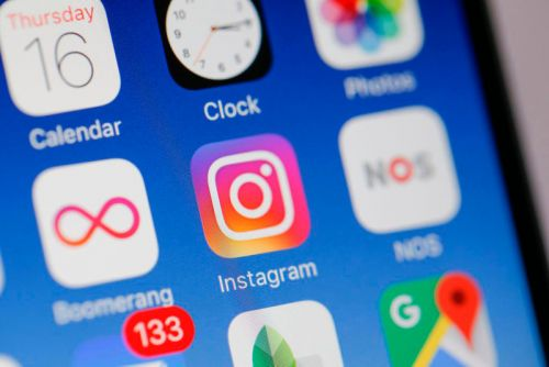 Russian Hackers Are Taking Over Hundreds of Instagram Profiles