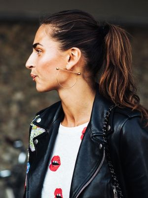The Jewelry Trend Everyone Will Wear With Sweaters This Fall