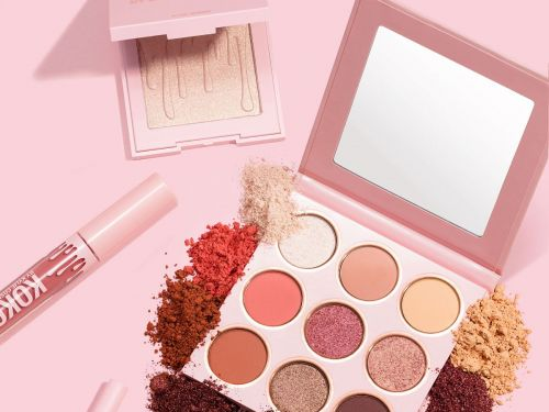 We Tried Kylie & Khloe's New Makeup Collection - & Here's What We Think
