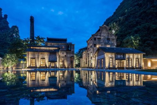 The Alila Yangshuo Hotel Turns a Sugar Mill Into a High-End Retreat