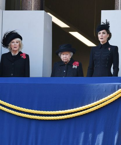 Meghan Markle Didn't Stand With The Queen At Remembrance Day - But It's Not Royal Shade