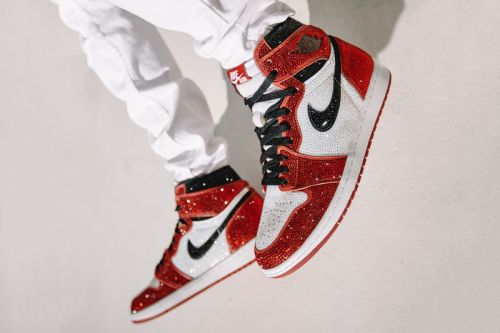 "Dan Life to Give Away Air Jordan 1 ""Chicago"" Encrusted with 15,000 Crystals"