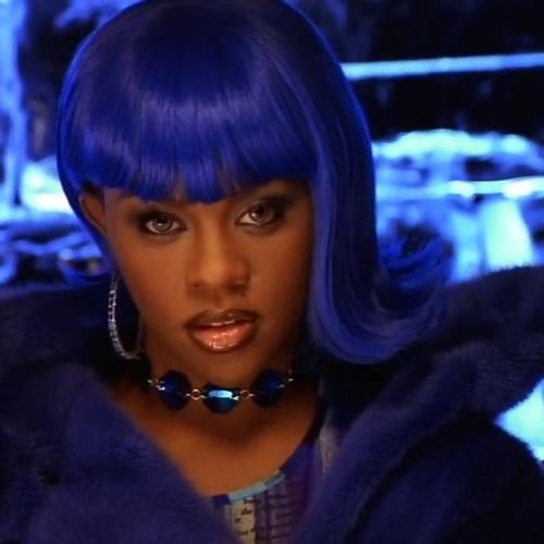 Lil Kim to Lady Gaga at the Golden Globes: Behold, the best in blue hair