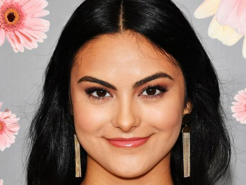 How Camila Mendes Is Challenging Latina Stereotypes On Riverdale