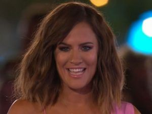Caroline Flack's Look Divides Opinion During The Love Island Final