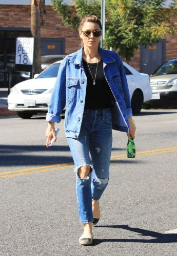 Jessica Biel Has Classic Style-These Are the Only Basics She Wears