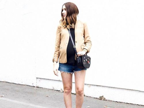 20 Chic Jean Shorts to Wear While You're Pregnant