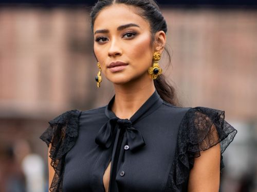 The Heartbreaking Story Of Shay Mitchell's Miscarriage Is All Too Common