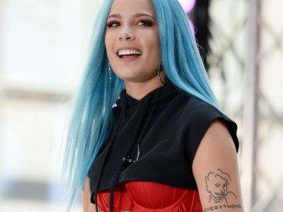 Halsey Calls Iggy Azalea A 'Moron' For Appropriating Black Culture
