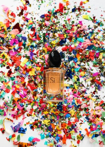 The Fragrance That Makes Your Body Glow!