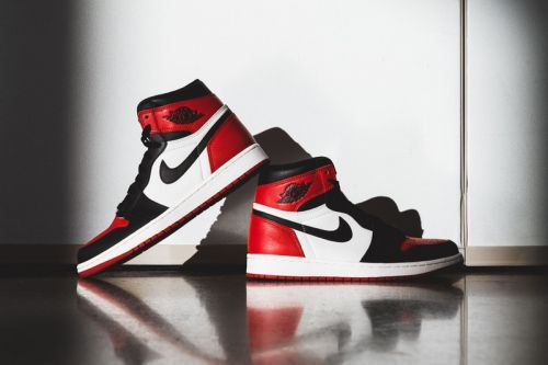 """The Air Jordan 1 """"Bred Toe"""" Receives an Exclusive Early Release"""