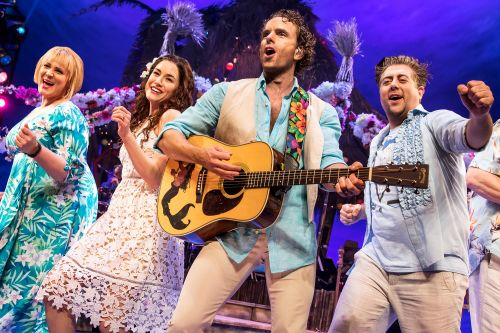 'Margaritaville' musical is a paradise for parrot heads - and no one else