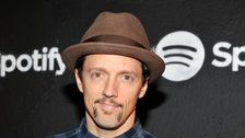 Jason Mraz Reveals He's Had Experiences With Both Men And Women