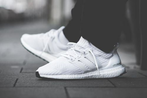"Adidas Adds A ""Core White"" UltraBOOST 4.0 Model to the Family"