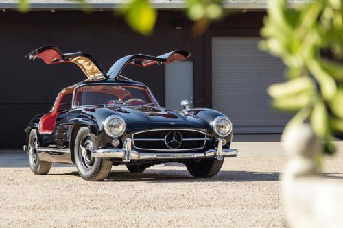 Stunning 1955 Mercedes-Benz Gullwing Coupe Hits Auction Block