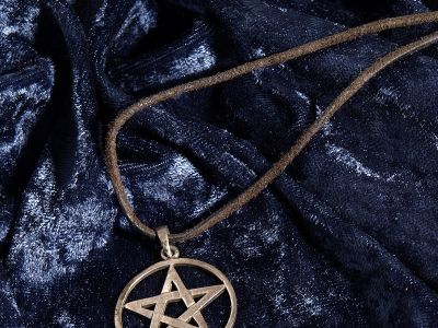 This Twitter Account Is Setting The Record Straight About Satanism