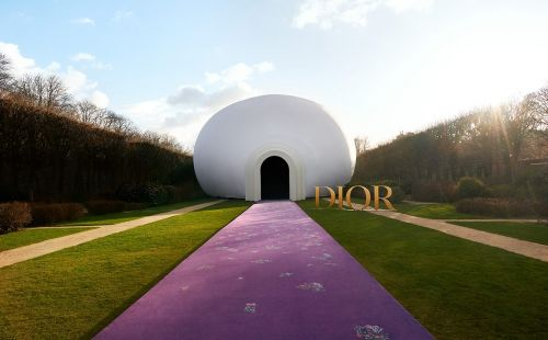 "US artist Judy Chicago designs ""The Female Divine"" set for Dior couture show"