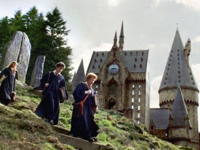 Harry Potter Weddings Are Everywhere & These Photos Make Us Want One