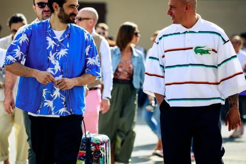 Bold Prints & Relaxed Tailoring Dominate Streetstyle at Pitti Uomo SS20