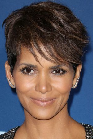 """Halle Berry Is 100% NOT """"Done with Love"""""""